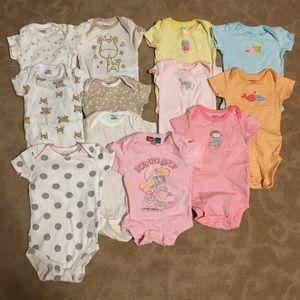 Lot of 12 Baby Girl Short Sleeve Bodysuit Onesies